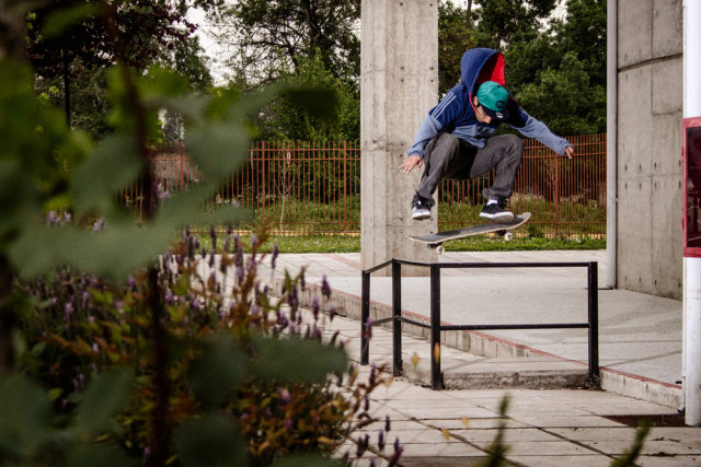 adidas skateboarding Chile - Boost The Bar Tour - Willy Muñoz -Flip Frontside 180