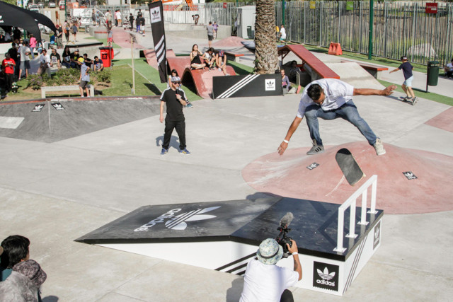 adidas skateboarding Chile - Boost The Bar Tour -  Cristian-Caceres,-Fs-varial-Doble-Heelflip